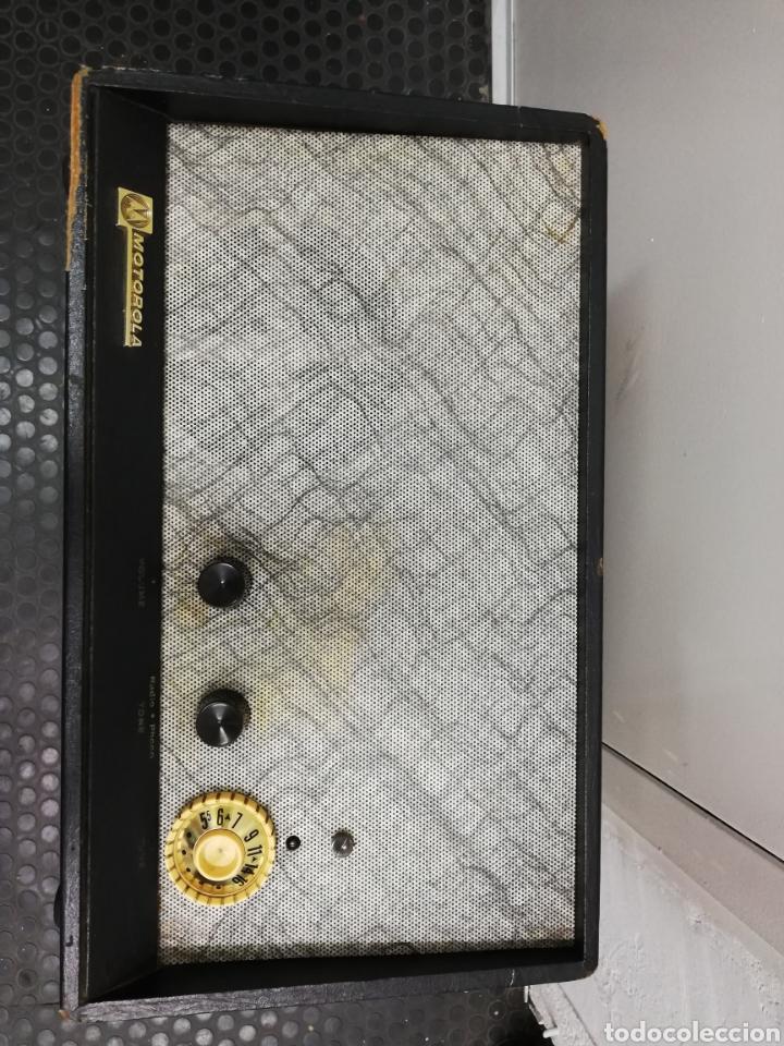 Gramófonos y gramolas: Tocadiscos maleta Motorola. Grande. No funciona.ver últimas fotos. - Foto 3 - 135657070