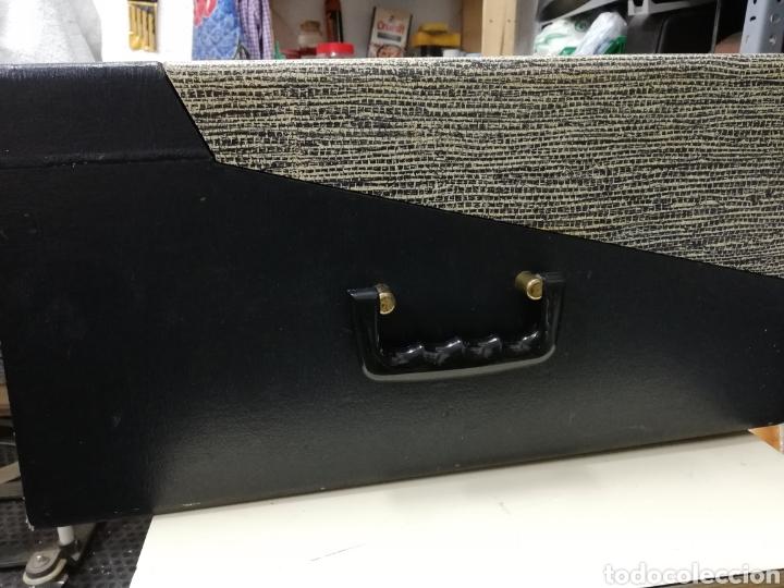 Gramófonos y gramolas: Tocadiscos maleta Motorola. Grande. No funciona.ver últimas fotos. - Foto 4 - 135657070