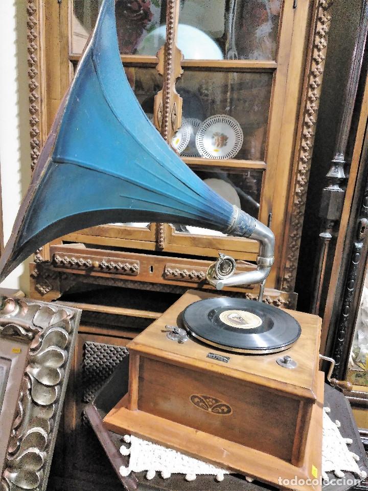 Gramófonos y gramolas: IMPRESIONANTE GRAMOLA DE SALON TROMPA AZUL PERFECTO FUNCIONAMIENTO - Foto 8 - 136213554