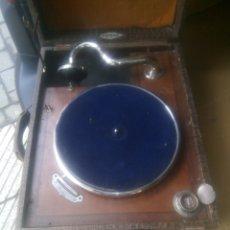 Gramófonos y gramolas: FANTÁSTICO GRAMÓFONO (OPTIMA). Lote 136646713