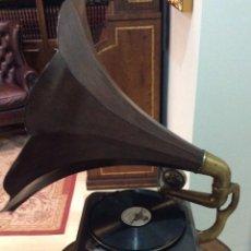 Gramófonos y gramolas: GRAMOLA SIGLO XIX, MARCA RADIO FONE. Lote 139110154