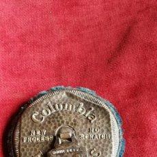 Gramófonos y gramolas: GRAMOFONO COLUMBIA CEPILLO LIMPIADOR. Lote 141657286