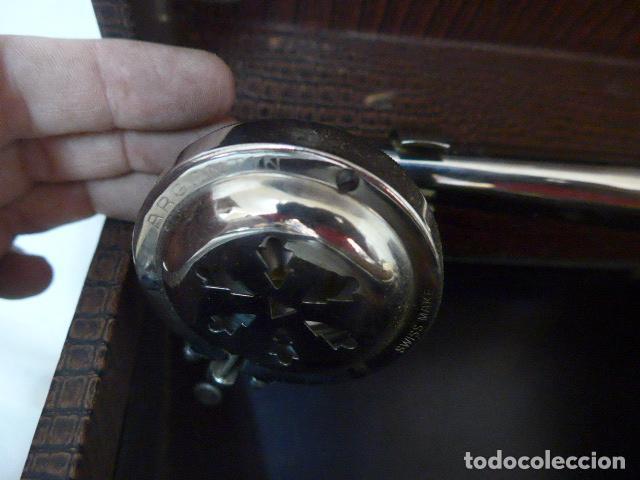 Gramófonos y gramolas: Antiguo gramofono portatil original. Funciona bien. - Foto 13 - 142879470