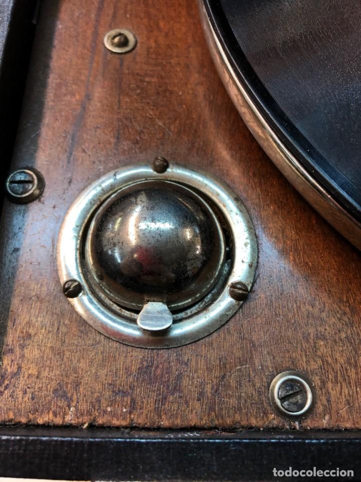 Gramófonos y gramolas: Gramófono EPL LE LUXE PHONIC de MALETA Principios s. XX FUNCIONA - Foto 10 - 143047762