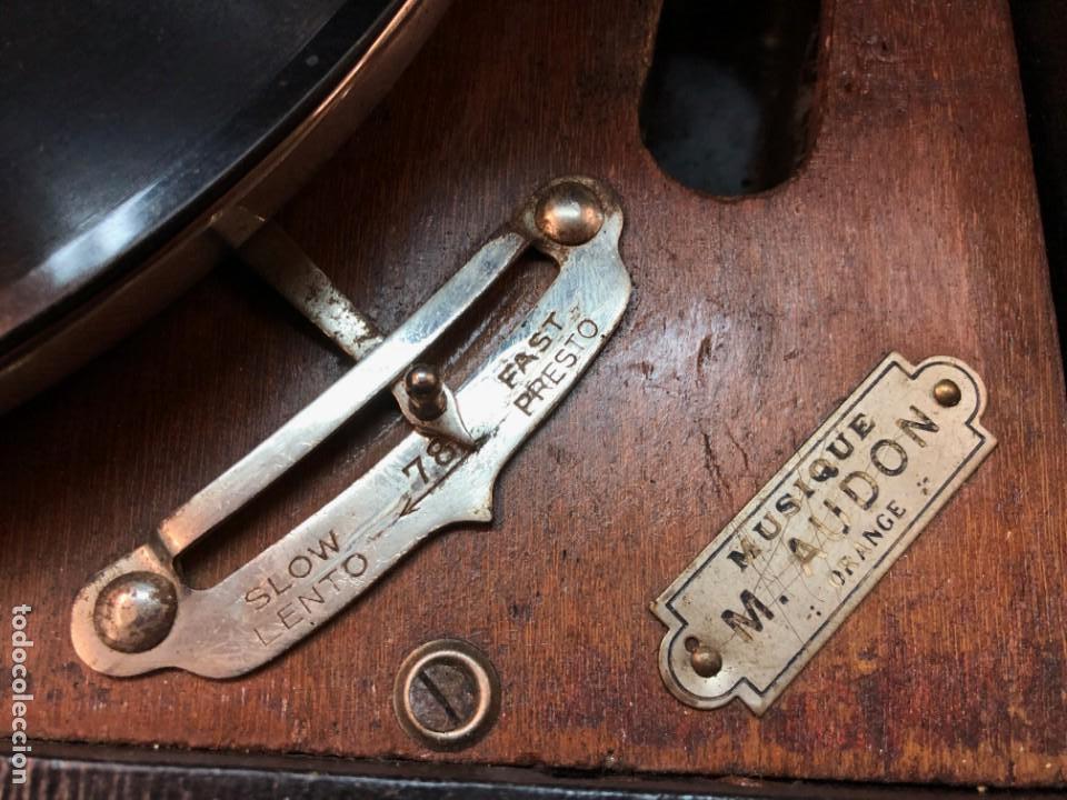 Gramófonos y gramolas: Gramófono EPL LE LUXE PHONIC de MALETA Principios s. XX FUNCIONA - Foto 3 - 143047762