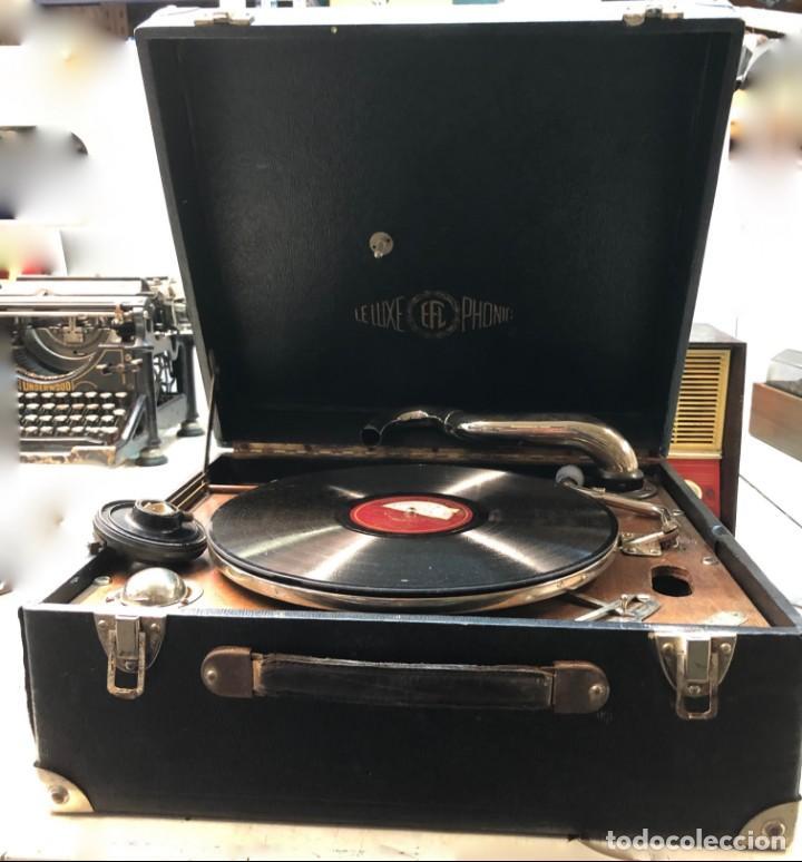Gramófonos y gramolas: Gramófono EPL LE LUXE PHONIC de MALETA Principios s. XX FUNCIONA - Foto 5 - 143047762