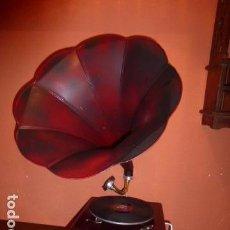 Gramófonos y gramolas: GRAMOLA O GRAMOFONO FUNCIONANDO, LA VOZ DE SU AMO. Lote 221657668