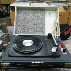 Gramófonos y gramolas: TOCADISCOS CONVER FUNCIONA PERFECTAMENTE. Lote 146413202