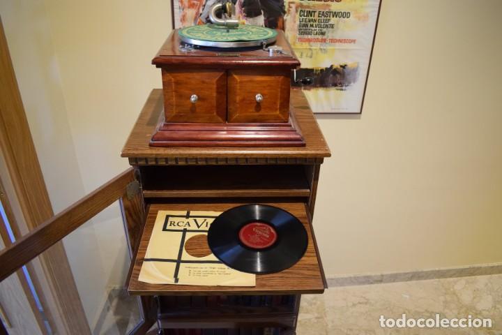 Gramófonos y gramolas: MUEBLE PARA GRAMÓFONO Y ALMACENAR DISCOS DE PIZARRA - Foto 3 - 147515422