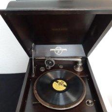 Gramófonos y gramolas: GRAMOLA COLUMBIA MODELO NUMERO 117 FUNCIONANDO PERFECTAMENTE. Lote 147932442