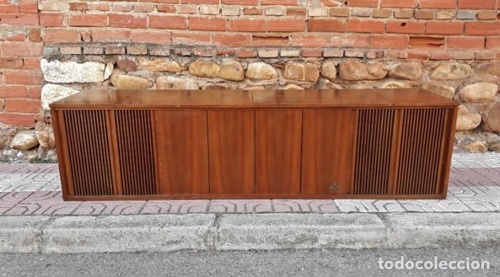 Gramófonos y gramolas: Mueble tocadiscos antiguo Grundig. Aparador antiguo tocadiscos, magnetofono antiguo, radio antigua. - Foto 3 - 150284458