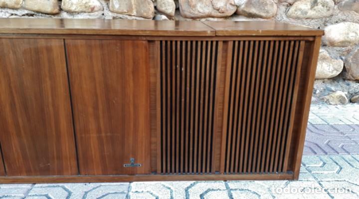 Gramófonos y gramolas: Mueble tocadiscos antiguo Grundig. Aparador antiguo tocadiscos, magnetofono antiguo, radio antigua. - Foto 5 - 150284458