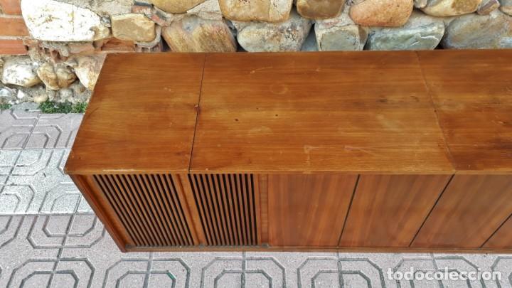 Gramófonos y gramolas: Mueble tocadiscos antiguo Grundig. Aparador antiguo tocadiscos, magnetofono antiguo, radio antigua. - Foto 8 - 150284458
