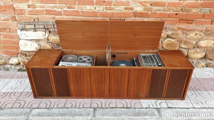 Gramófonos y gramolas: Mueble tocadiscos antiguo Grundig. Aparador antiguo tocadiscos, magnetofono antiguo, radio antigua. - Foto 10 - 150284458