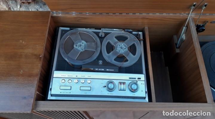 Gramófonos y gramolas: Mueble tocadiscos antiguo Grundig. Aparador antiguo tocadiscos, magnetofono antiguo, radio antigua. - Foto 12 - 150284458