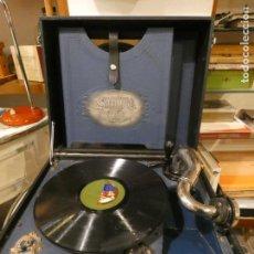 Gramófonos y gramolas: FONÓGRAFO,GRAMOLA SONORA, UNIÓN MUSICAL ESPAÑOLA, ANTES CASA DOTÉSIO. FUNCIONA .20X37X30 CMS . Lote 152200322