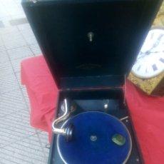Gramófonos y gramolas: ANTIGUO GRAMÓFONO. Lote 152283306