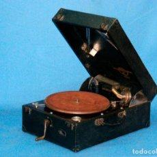 Gramófonos y gramolas: GRAMOLA COLUMBIA 112A - EN BUEN ESTADO - ORIGEN BRITÁNICO (VER VÍDEO). Lote 152751546