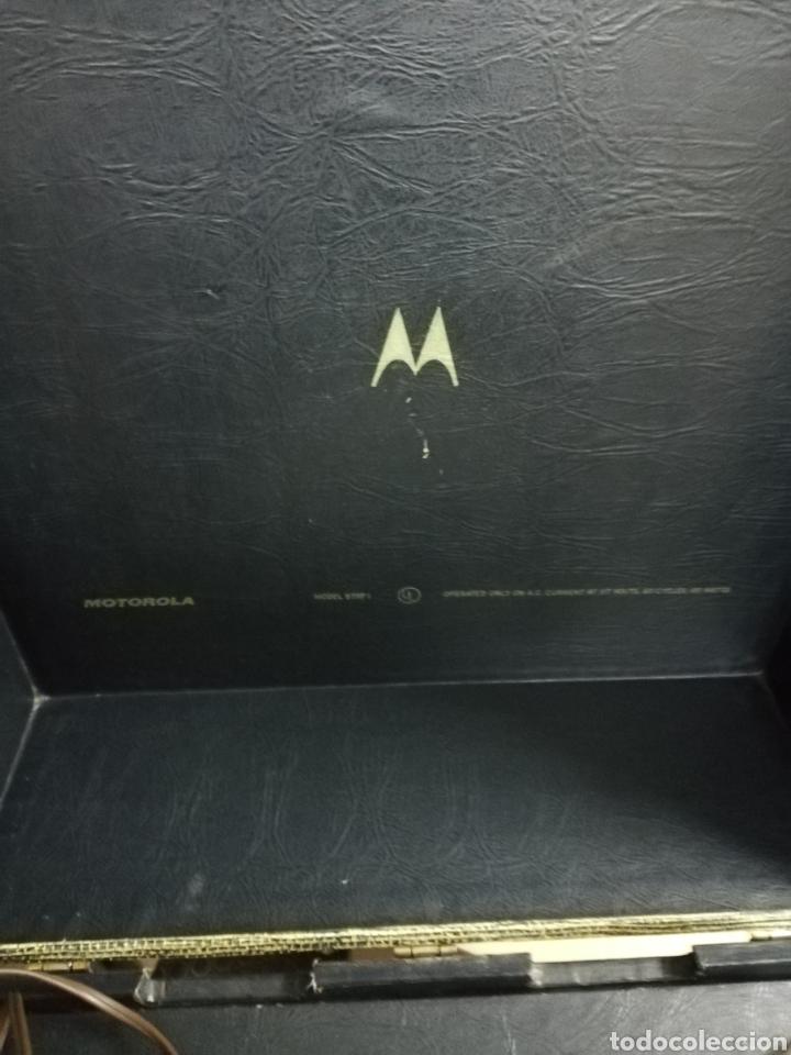 Gramófonos y gramolas: Tocadiscos maleta Motorola. Grande. No funciona.ver últimas fotos. - Foto 8 - 135657070