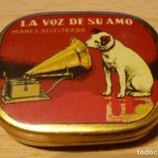 Gramófonos y gramolas: LA VOZ DE SU AMO. CAJA ANTIGUA DE AGUJAS DE GRAMOFONO. ORIGINAL. MUY BUEN ESTADO .CIRCA 1910. MEDIDA. Lote 154757402