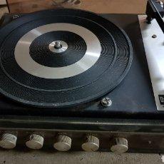 Gramófonos y gramolas: TOCADISCOS BETTOR. Lote 154813562