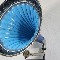 Gramófonos y gramolas: GRAMOFONO CIA. FRANCESA DEL GRAMOFHONE- BARCELONA - PROVEDORA DE LA REAL CASA. Lote 155632306