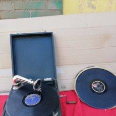 Gramófonos y gramolas: ANTIGUA GRAMOLA DE MANIVELA PATHE SIGLO XIX. Lote 156485261