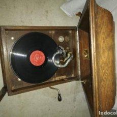 Gramófonos y gramolas: TOCADISCOS LA VOZ DE SU AMO ANTIGUO. Lote 158591854