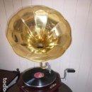 Gramófonos y gramolas: GRAMOLA O GRAMOFONO LA VOZ DE SU AMO, FUNCIONANDO. Lote 158796722
