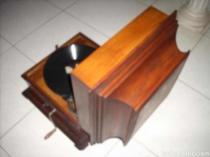 Gramófonos y gramolas: Impresionante Gramola ,rara unica funcionando muy bien,año 1910 - Foto 11 - 158917490