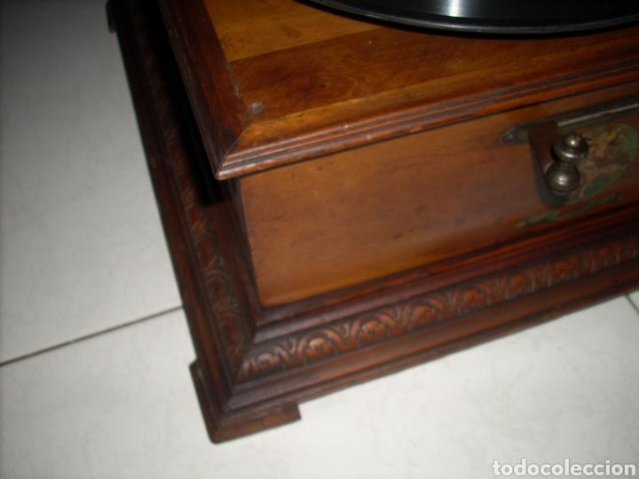 Gramófonos y gramolas: Impresionante Gramola ,rara unica funcionando muy bien,año 1910 - Foto 13 - 158917490