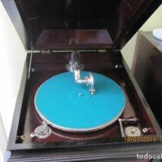 Gramófonos y gramolas: ANTIGUO PRECIOSO GRAMOFONO O GRAMOLA DE SALON . Lote 159134222