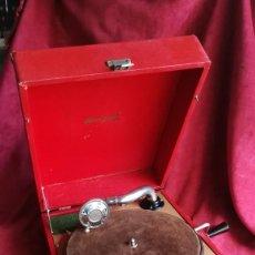 Gramófonos y gramolas: GRAMOFONO DECCA BRUNSWICK, EXCELENTE ESTADO Y FUNCIONAMIENTO (VIDEO). Lote 159496154