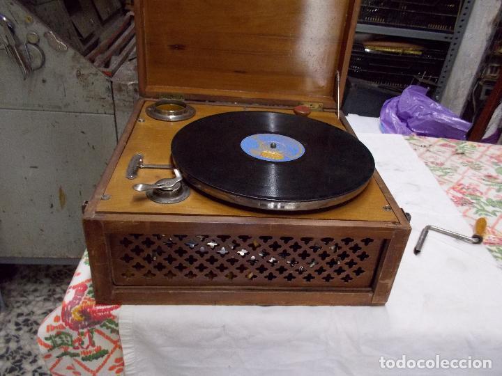 Gramófonos y gramolas: Gramola Funcionando - Foto 2 - 159667362