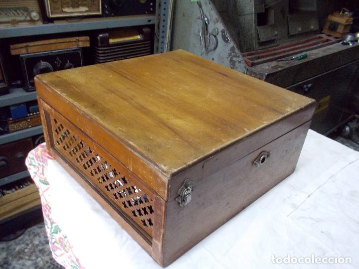 Gramófonos y gramolas: Gramola Funcionando - Foto 24 - 159667362