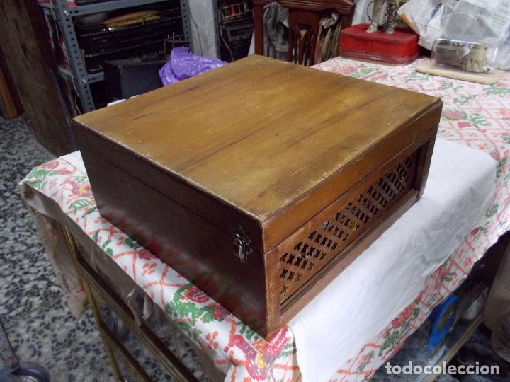 Gramófonos y gramolas: Gramola Funcionando - Foto 26 - 159667362