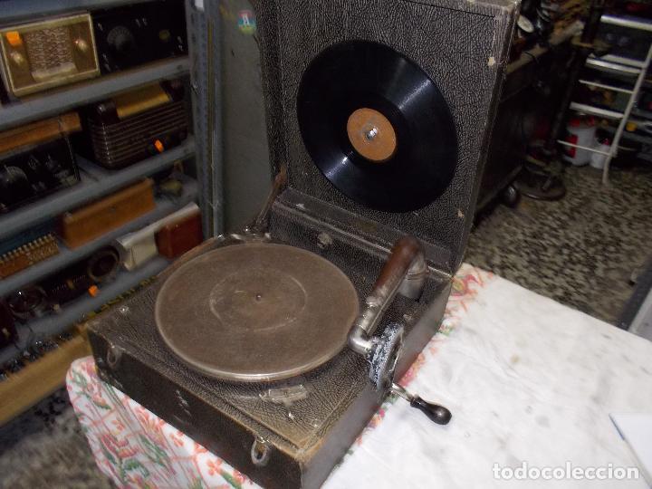 Gramófonos y gramolas: gramola pathe funcionando - Foto 10 - 162779042