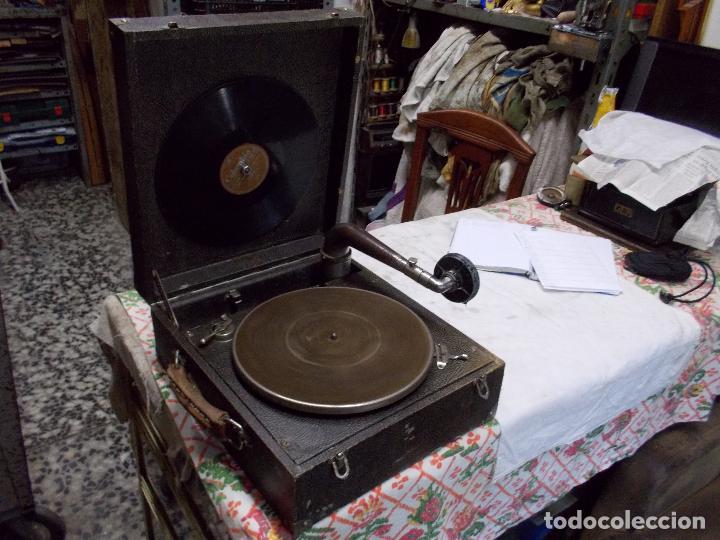 Gramófonos y gramolas: gramola pathe funcionando - Foto 11 - 162779042