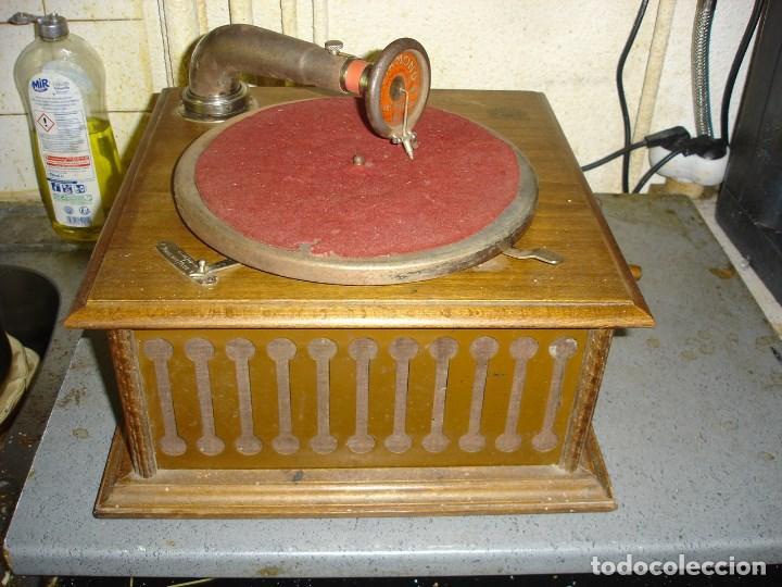 BONITO GRAMOPHONO PATHE TODO ORIGINAL ESTADO DE MARCHA VER FOTOS (Radios, Gramófonos, Grabadoras y Otros - Gramófonos y Gramolas)