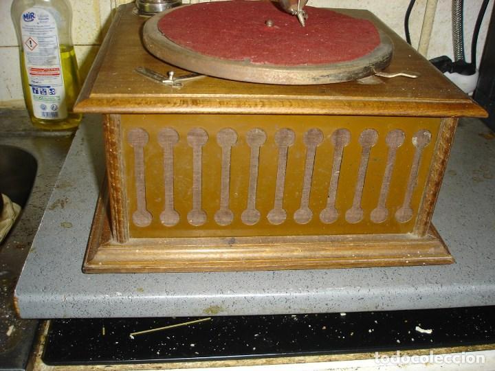 Gramófonos y gramolas: bonito gramophono pathe todo original estado de marcha ver fotos - Foto 4 - 163544942