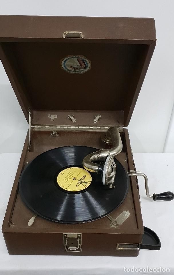 GRAMOLA SOVIÉTICA (Radios, Gramófonos, Grabadoras y Otros - Gramófonos y Gramolas)