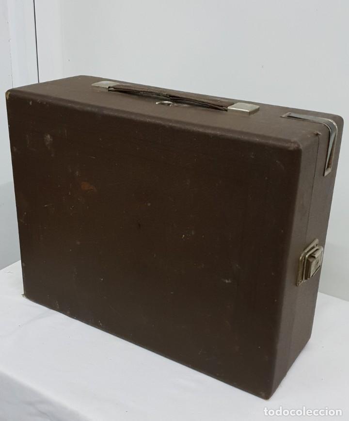 Gramófonos y gramolas: GRAMOLA soviética - Foto 10 - 165530726