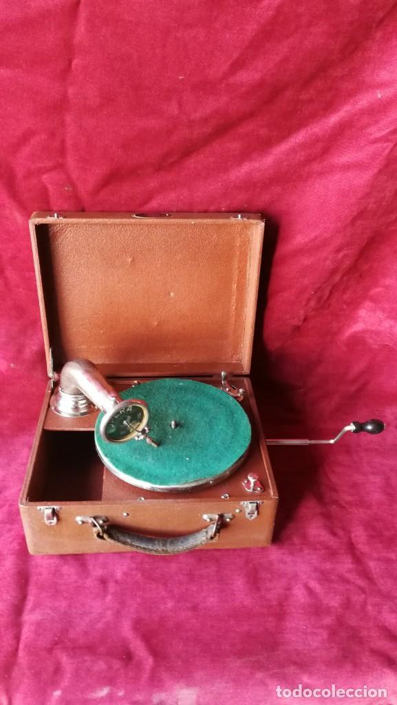 GRAMOFONO RADIOLA, VER FOTOS Y VIDEO (Radios, Gramófonos, Grabadoras y Otros - Gramófonos y Gramolas)