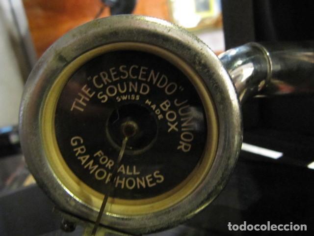 Gramófonos y gramolas: GRAMOFONO DE LA MARCA DECCA - FUNCIONANDO - CHAPA DE FADAS C/PELIGROS EN MADRID - Foto 7 - 168040692