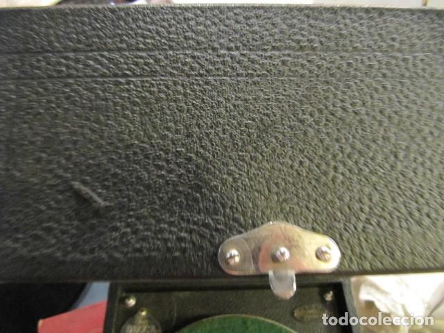 Gramófonos y gramolas: GRAMOFONO DE LA MARCA DECCA - FUNCIONANDO - CHAPA DE FADAS C/PELIGROS EN MADRID - Foto 9 - 168040692