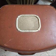 Gramófonos y gramolas: GRAMOFONO O TOCADISCOS. Lote 169179760