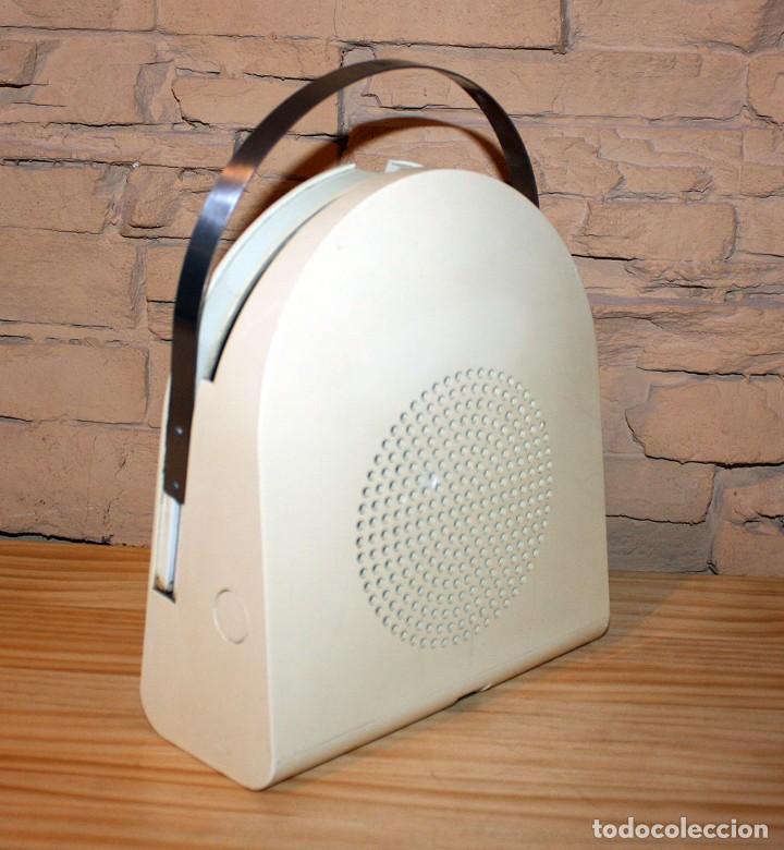 COMEDISCOS MINERVA - TOCADISCOS TOCA DISCOS COME DISCOS - VINTAGE RETRO SPACE AGE (Radios, Gramófonos, Grabadoras y Otros - Gramófonos y Gramolas)