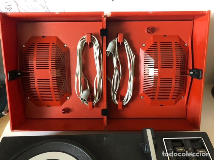 Gramófonos y gramolas: Tocadiscos portàtil o a corriente PHILIPS MOD. 623 con altavoces incorporados - Foto 3 - 171368223