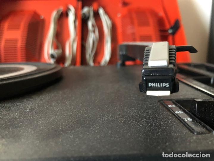 Gramófonos y gramolas: Tocadiscos portàtil o a corriente PHILIPS MOD. 623 con altavoces incorporados - Foto 4 - 171368223