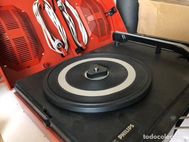 Gramófonos y gramolas: Tocadiscos portàtil o a corriente PHILIPS MOD. 623 con altavoces incorporados - Foto 5 - 171368223